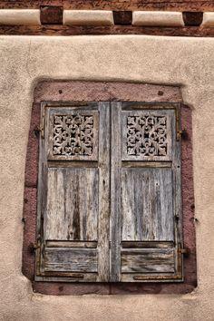 Wooden Window Shutters, Interior Window Shutters, Old Shutters, Wooden Windows, French Windows, Arched Windows, Windows And Doors, Shutter Doors, Contemporary Interior Design