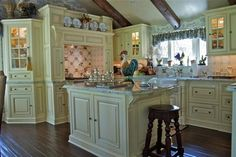 Lake Arrowhead Country French Kitchen - traditional - kitchen - los angeles - Sue Murphy Designs