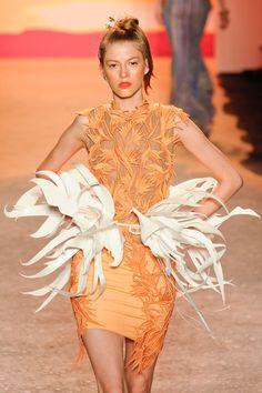 Jen Kao SS 2012- paper belt