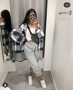 Source by jennenzz outfits spring Source by RahsaanTerryClothes comfy outfits Spring Fashion Casual, Winter Fashion Outfits, Spring Outfits, Nike Fashion Outfit, Cosy Winter Outfits, Fall Outfits For School, Cute Comfy Outfits, Edgy Outfits, Swaggy Outfits