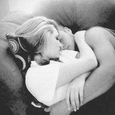 cuddling on the sofa tumblr - Penelusuran Google