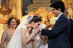♥ Ana Paula Lima | Tulle - Acessórios para noivas e festa. Arranjos, Casquetes, Tiara