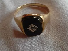 Gents-Men-Pre-Owned-9ct-Yellow-Gold-Diamond-Jet-Black-Onyx-Signet-Pinky-Ring