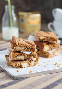Blondies με Φυστικοβούτυρο και Λευκή Σοκολάτα - Peanut Butter Blondies with White Chocolate (in Greek) | The Foodie Corner www.thefoodiecorner.gr