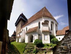 Viscri Village, Transylvania, Romania Top 5, Mansions, House Styles, Transylvania Romania, Mai, Landscapes, Outdoors, Culture, Google Search