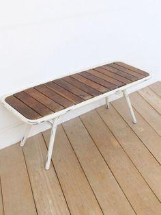 アイアンフレームに、すのこ状にのウッド天板をつけた折りたたみベンチ。長めのローテーブルとしてもオススメ。エスニック/アジアン/ファッション/チャイハネ/Amina/+duda bnc
