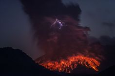 Photographer Martin Rietze has captured stunning images of lightning strikes in the midst of a volcanic eruption at Sakurajima in Japan as part of his Alien Landscapes on Planet Earth series.