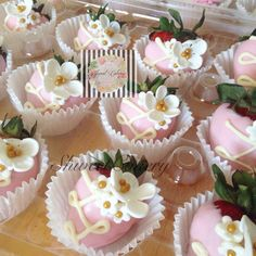 White chocolate dipped strawberries with fondant flower s bridal shower wedding desserts.