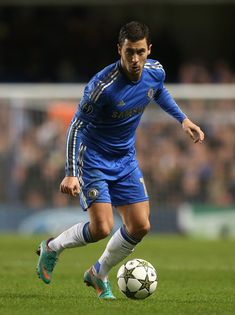Eden Hazard Photo - Chelsea FC v FC Shakhtar Donetsk - UEFA Champions League