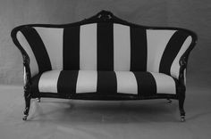 Beetlejuice inspired couch ? I'll take it !