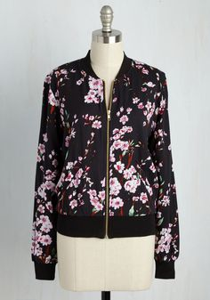 Greatest Blossom Divisor Jacket in Black. Integer-ating this black jacket into your wardrobe is easy as 1, 2, 3! #black #modcloth