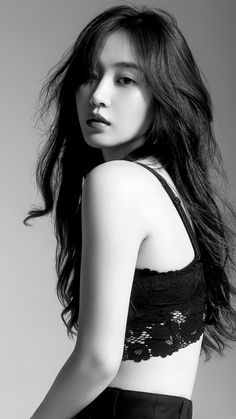 Kpop Girl Groups, Kpop Girls, Korean Beauty, Asian Beauty, Yuri Girls Generation, Taeyeon Jessica, Studio Portrait Photography, Black And White Girl, Kwon Yuri