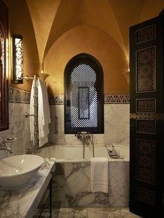 Beautiful Hotels, Marrakech Hotel, Small Bathroom, Hotel, Serene Bathroom, Bathroom Design Inspiration, Moroccan Design, Indoor Outdoor Bathroom, Glamorous Bathroom