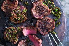 Argentinský steak s omáčkou chimichurri   Apetitonline.cz
