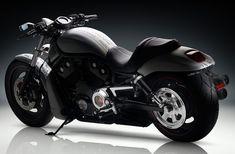 Harley-Davidson  V-Rod 2013 #Motorbike #Biker