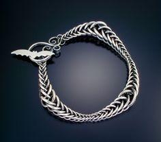 Ribbon Wave Bracelet