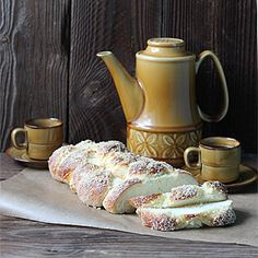 Chałka Tea Pots, Tableware, Food, Kuchen, Dinnerware, Tablewares, Tea Pot, Dishes, Place Settings