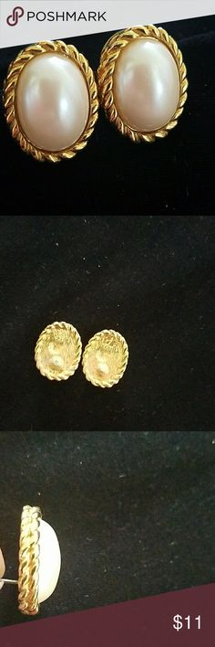 Gold & pearl look Classic 3/4 length not real gold or pearl Jewelry Earrings