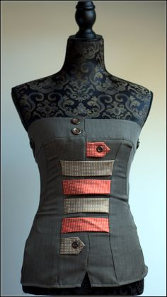 TOP MADE FROM UPCYCLED TROUSERS AND TIES .SIZE : M conversion sizes :    EU32= IT38 = UK6 = US4 :  bust 78-80 cm  waist 58-60 cm  hips 84-86 cm    EU34 =