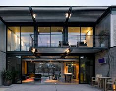 Arizona Desert Homes – Modern Arizona Architecture.  I love this opening out into a private courtyard.