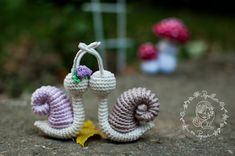 Papillon en papier: Snails and mushrooms - free amigurumi patterns
