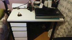 40€ coru escritorio ikea 100 × 60 de blanco y negro con cajoneras urge