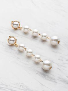 Shop Faux Pearl Drop Earrings online. SheIn offers Faux Pearl Drop Earrings & more to fit your fashionable needs.