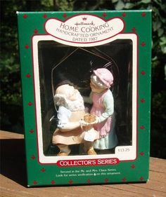 Vintage 1987 Hallmark HOME COOKING Mr & Mrs Santa Claus 2nd CHRISTMAS ORNAMENT