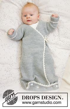 Baby - Free knitting patterns and crochet patterns by DROPS Design Baby Knitting Patterns, Knitting For Kids, Baby Patterns, Free Knitting, Crochet Patterns, Drops Design, Baby Sleeping Bag Pattern, Knitted Baby Outfits, Onesie Pattern