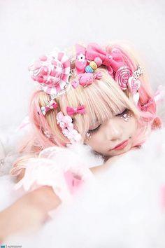 Deco-loli photo by MAX♥ ロリータ, Sweet Lolita, Fairy Kei, Decora Japanese Street Fashion, Tokyo Fashion, Harajuku Fashion, Kawaii Fashion, Lolita Fashion, Cute Fashion, Harajuku Style, Estilo Lolita, Gyaru