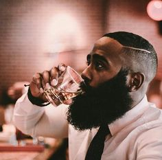 The beard of every man has to be properly maintained and he should groom it in order to look presentable. So, we shall discuss hot black men beard styles I Love Beards, Black Men Beards, Awesome Beards, Beard Game, Epic Beard, Beard Styles For Men, Hair And Beard Styles, Moustaches, Bart Styles