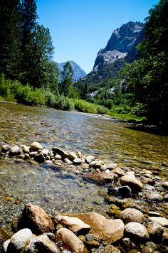 Kings Canyon National Park- California. .one of my favorite places in the wide world. .:)