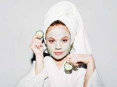 These 9 Blackhead-Clearing Face Masks Are Like Vacuums for Your Pores via @ByrdieBeauty #CharcoalFaceMaskRecipe #TumericFaceMaskBeforeAndAfter #TumericFaceMaskGlowingSkin #CucumberFaceMask Face Mask For Blackheads, Acne Face Mask, Face Wrinkles, Diy Face Mask, Skin Mask, Face Skin, Pore Mask, Blackhead Mask, Face Scrub Homemade