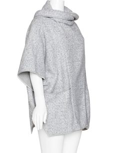 DNY Contrasting piping cape in Grey / White