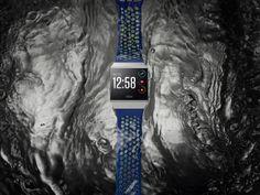 Die Fitbit Ionic™ Smartwatch kommt mit personalisiertem Coach, vielfältigen On-Device-Workouts, voll integriertem SpO2 Sensor, branchenführendem GPS, dynamischem Schwimm-Tracking, 2,5GB Speicher für Musik, kontaktloser Bezahlmöglichkeit und einer Akkulaufzeit von mehr als vier Tagen auf den Markt.