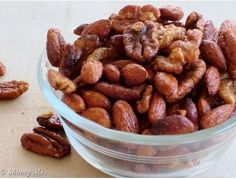 Slow Cooker Cinnamon & Honey Nuts!! These are the BEST healthy snack and only 192 calories per serving! #healthy #recipes #skinnyms #snacks #slowcooker