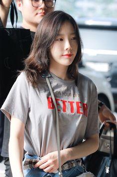 Kim Taeyeon Yoona, Sooyoung, Snsd, Taeyeon Fashion, Girl Fashion, Kpop Fashion, South Korean Girls, Korean Girl Groups, Yuri