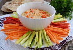 Pe masa din bucatarie: Humus cu ardei roșu copt