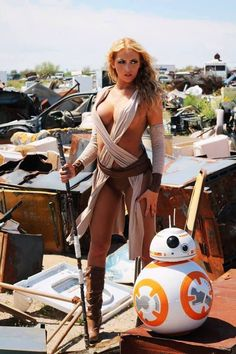 "I present to your attention the coolest selection of high-quality cosplay from chic cosplay-models of modernity to the heroes of ""Star Wars"". Star Wars Mädchen, Star Wars Girls, Meninas Star Wars, Rey Cosplay, Anime Cosplay, Female Cosplay, Darkside, Open Air, Steampunk Cosplay"