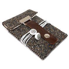 iPhone 5 case  black and brown herringbone wool by MariForssell