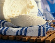 domowy serek mascarpone Espadrilles, Homemade, Bread, Mascarpone, Espadrilles Outfit, Hand Made, Do It Yourself, Breads, Sandwich Loaf