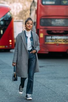 Day 2 | Street Style at London Fashion Week Fall 2018 | POPSUGAR Fashion Australia Photo 1