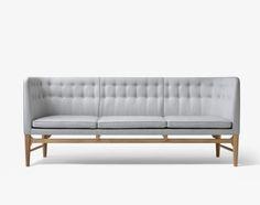 Pohovka Mayor Sofa od &tradition, světle šedá | DesignVille