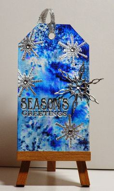 Cathys Card Spot: Brusho tag - snowflakes or fireworks! Christmas 2014, Winter Christmas, Christmas Crafts, Xmas, Brusho, Winter Cards, 3d Projects, Winter Theme, Paper Cards