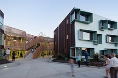 Built by Kevin Daly Architects in Santa Monica, United States with date 2012. Images by Iwan Baan. The objective of this housing project is to provide low income families that work on the Westside of Los Angeles with...