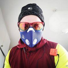 Running in London suuuucks, but I must keep this city safe #running #runningsucks #mightyaudio #respro #karrimor #run #sprint #walk #asthma…