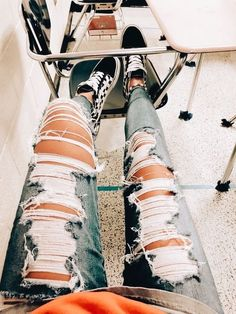 20 ideas fashion inspo ideas ripped jeans How to wear ripped jeans outfits ideas with ripped jeans ways to wear shoes Teenage Outfits, Teen Fashion Outfits, Jean Outfits, Outfits For Teens, Trendy Outfits, Fall Outfits, Jeans Fashion, School Outfits, Prom Outfits
