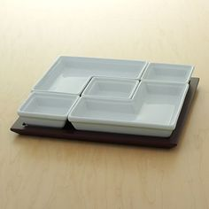 It's like a Tetris serving tray!