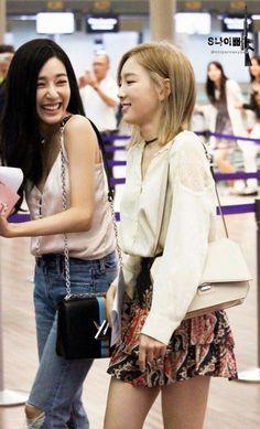 South Korean Girls, Korean Girl Groups, Exo Red Velvet, Snsd Fashion, Bts Girl, Jessica Jung, Sooyoung, Girls Generation, Portrait Photography