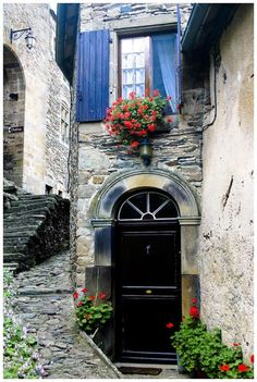 Arched Entry, Provence, France photo via sharon